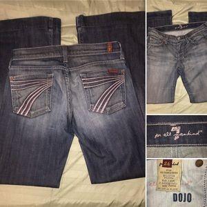 7FAM | DOJO | Jeans.  Flare. Size 26